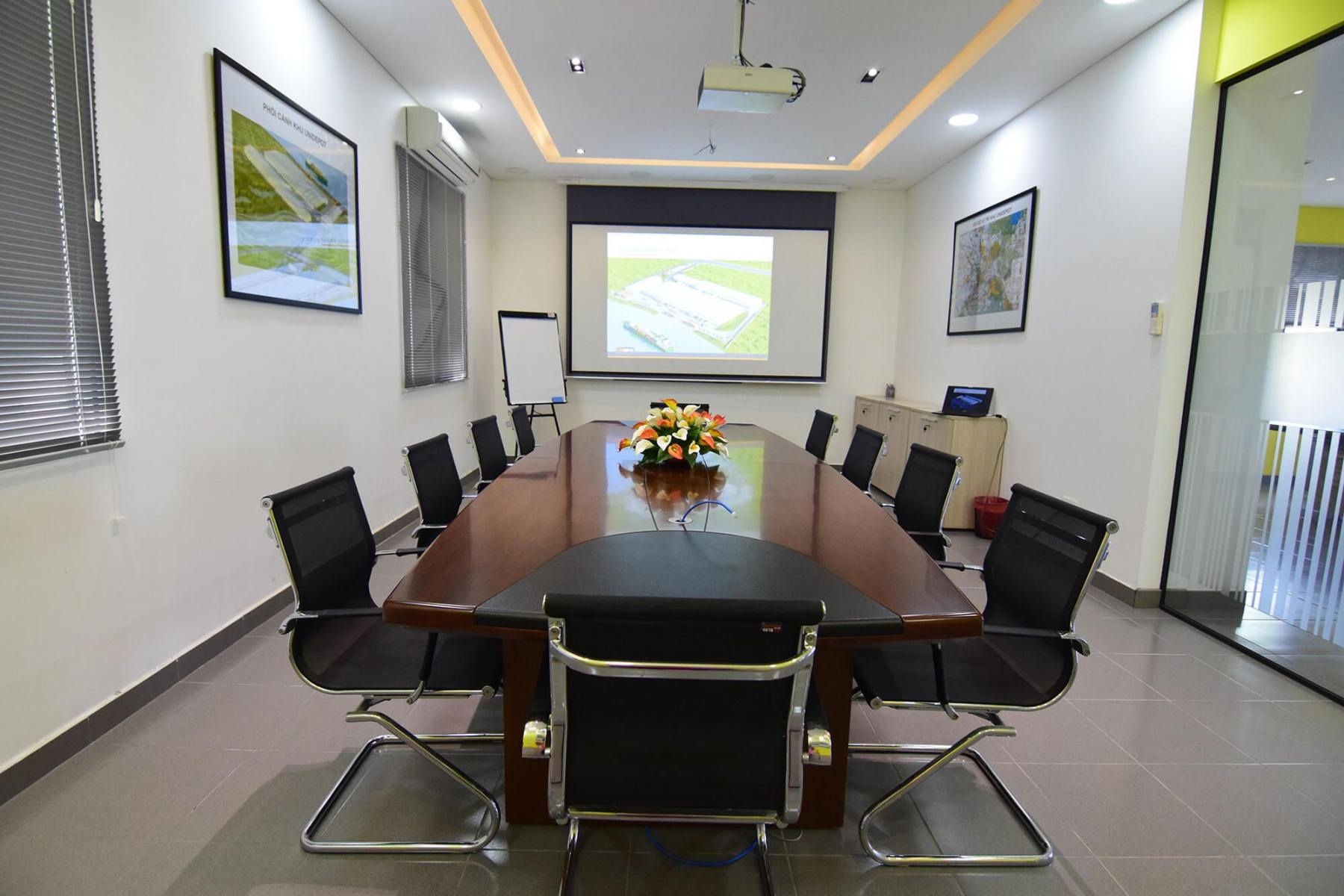 Unidepot-Public-Meeting-room